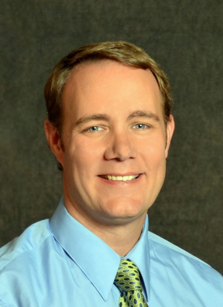 Aaron Petersen, M.D. medical doctor Physician Newport doctors priest river emergency services and medical emergency